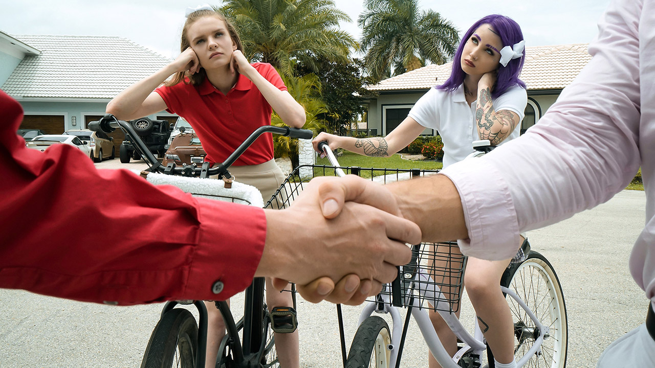 DaughterSwap – Jessae Rosae and Val Steele – We're All Grown Up