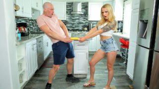 BrattySis – Paris White – Giving My Step Sister the Finger