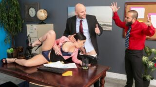 Brazzers – Leila Larocco – Getting Her Husband A Raise