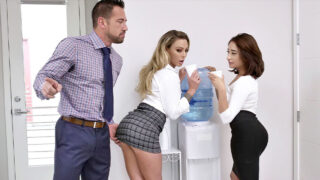 MylfClassics – Isabella Nice and Isabella Deltore – Executive Material